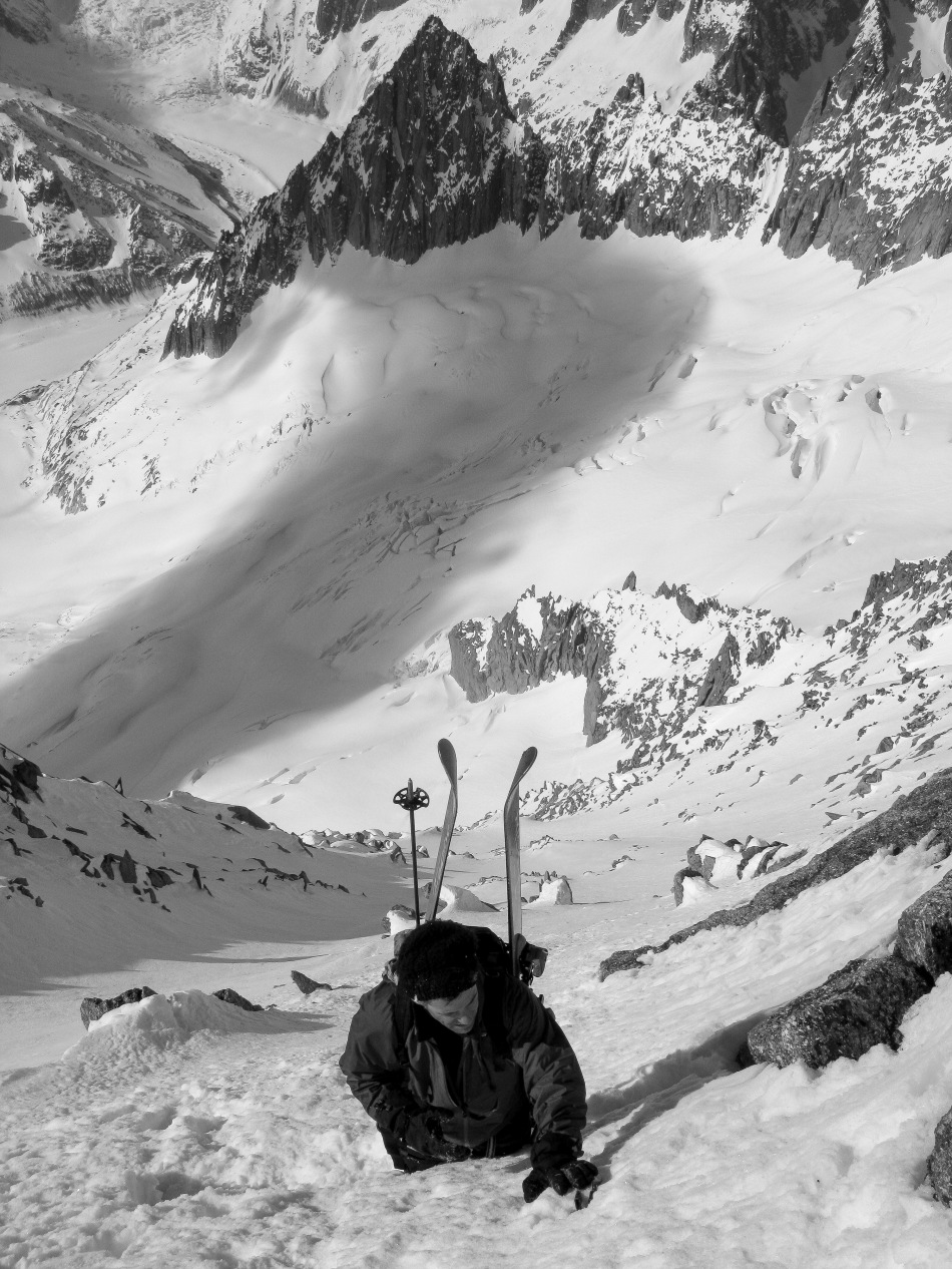 es droites south west face. mark shelp, chamonix, steep skiing