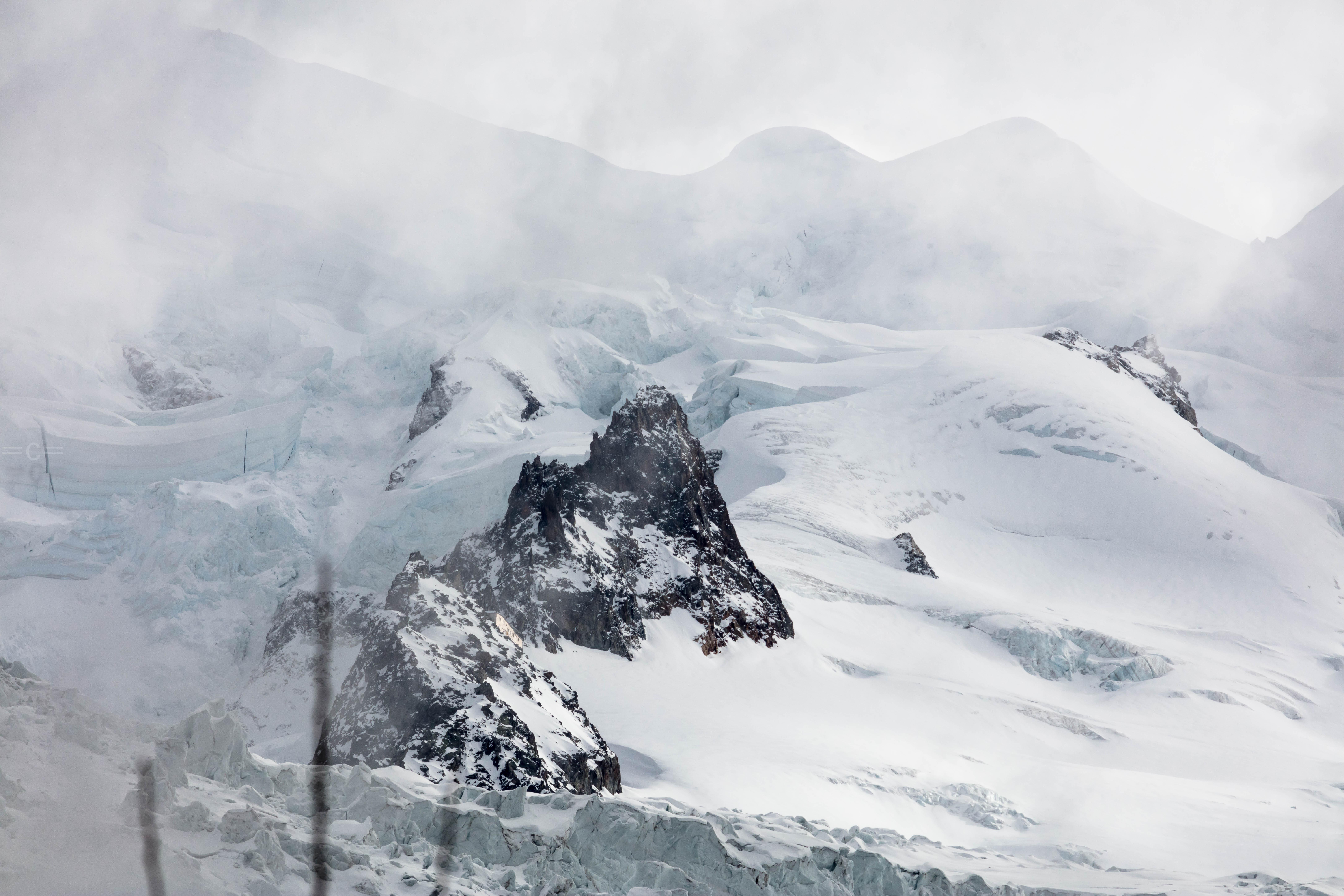 Grand mulet hut, mont blanc , chamonix